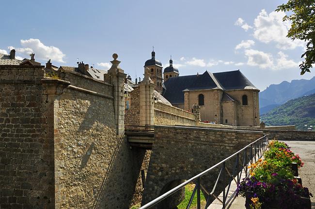 gr5-mont-blanc-briancon-cite-vauban.jpg
