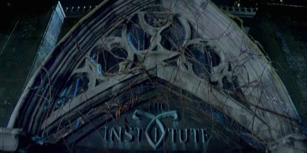 Single Resumable Download Link For English Movie The Mortal Instruments: City of Bones (2013) Watch Online Download High Quality