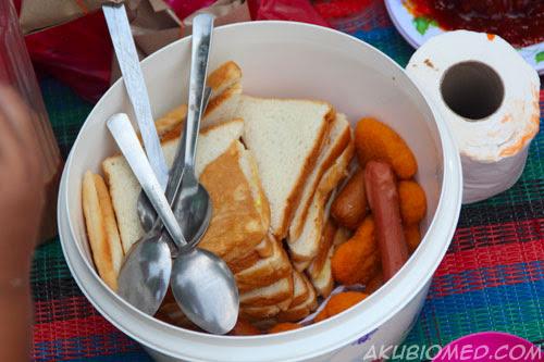 roti sandwish dan sausage