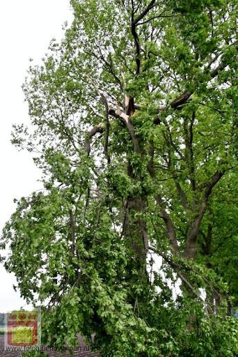 Noodweer zorgt voor ravage in Overloon 10-05-2012 (62).JPG