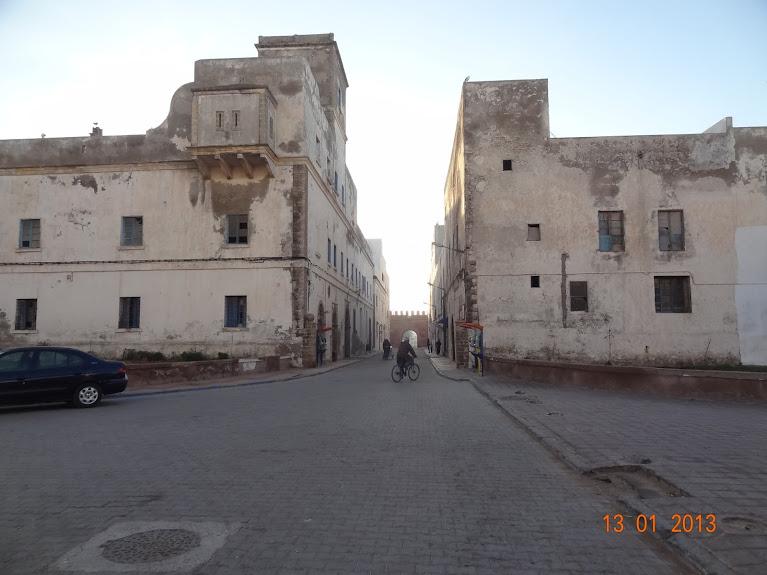 Marrocos e Mauritãnia a Queimar Pneu e Gasolina - Página 3 DSC05582