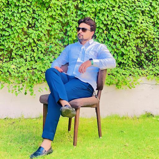 Ali Nawab Photo 16
