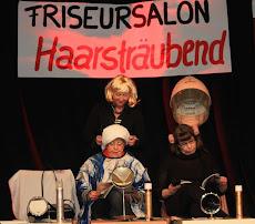 Friseursalon »Haarsträubend«.