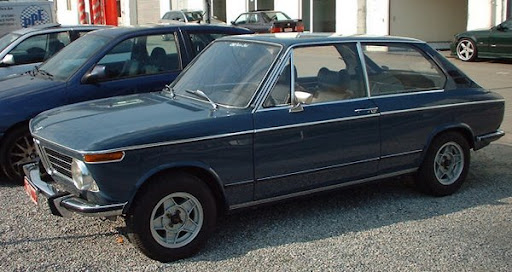 BMW_2002_Touring.jpg