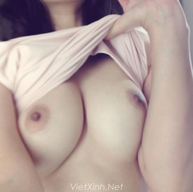 Ảnh  sex của nữ sinh trường sư phạm khoe hàng vếu khủng cho bạn trai