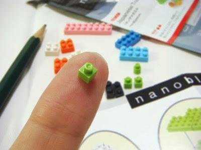 Nanoblock chính là đồ chơi xếp hình khối nhỏ nhất trên thế giới