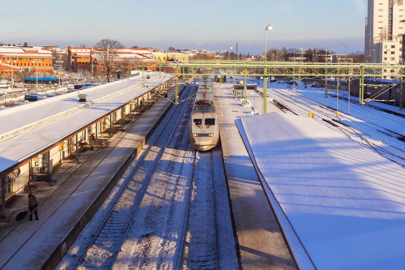 X 2000 mot Gteborg anländer från Stockholm/Katrineholm