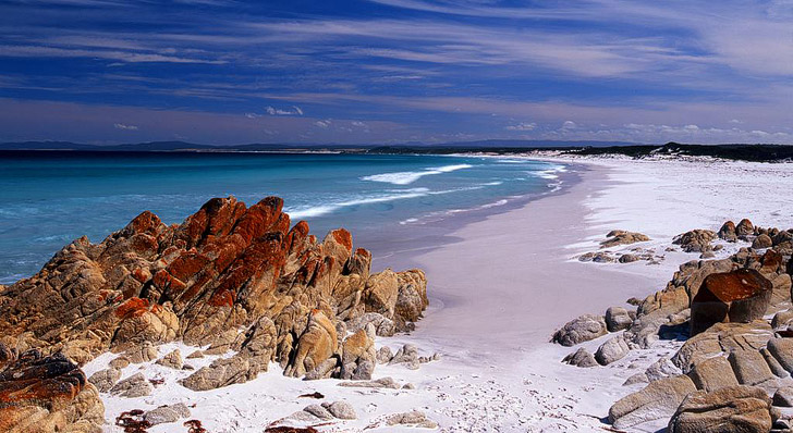Bay of Fires (25 Best Treks in the World).
