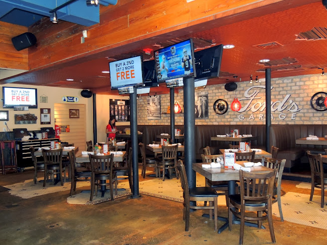 Ford 39 s garage pictures from sunday 9 29 13 club cobra - Ford garage restaurant cape coral ...