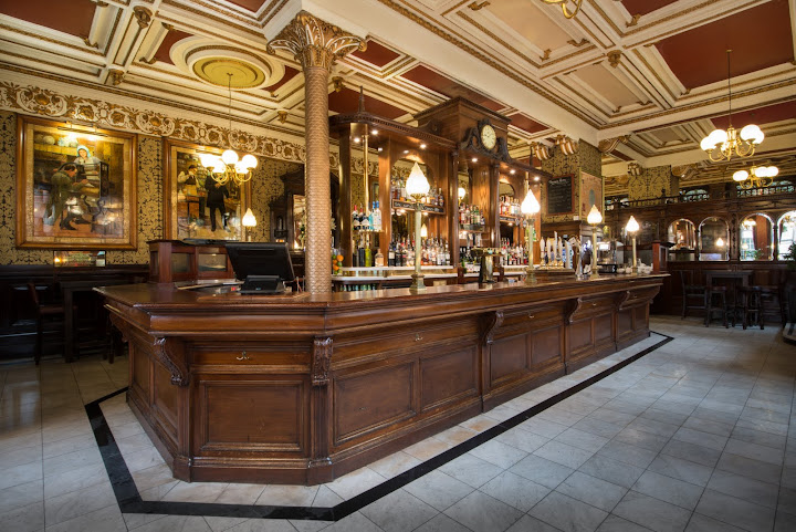 Pubs of Edinburgh and Glasgow: Cafe Royal