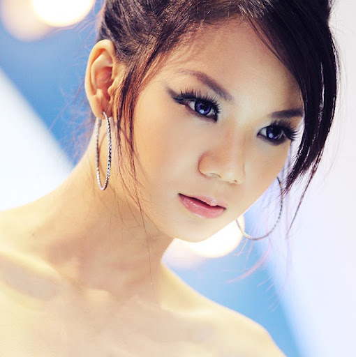 Qiuyue Liu Photo 7