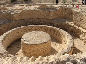 יריחו - הארמון השלישי של הורדוס – מבנה מתחת לרצפה של חדרי ההזעה