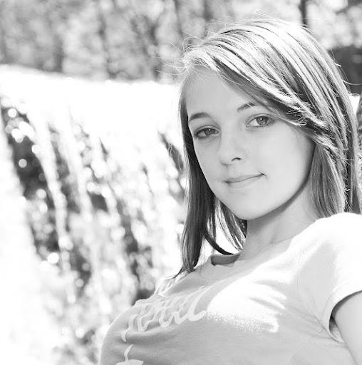 Sabrina Boggs Photo 10