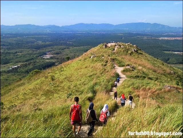 Bukit-Broga-Hill