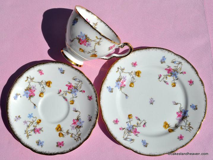 Violets Pompadour teacup, saucer, tea plate