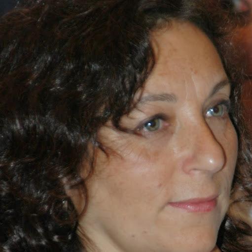 Montse Burgos Espinosa - Su perfil. Votar, valora y comunicate