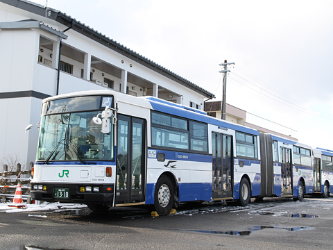 JRバス関東 契約輸送用連接バス O520-98004