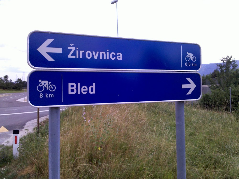 Sign pointing back to Bled