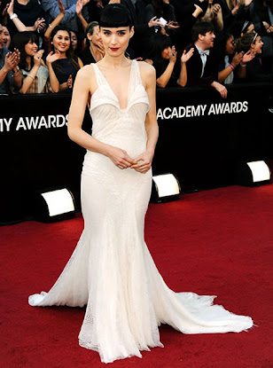 wedding dress at 2012 oscar