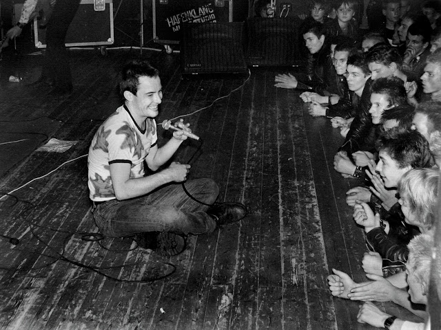Jello Biafra and The Dead Kennedys Rottenberg, Germany 1980