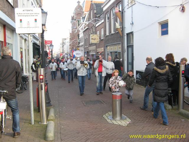 De Waardgangers tijdens de Winteroutletdagen in Schoonhoven op 28 januari 2012