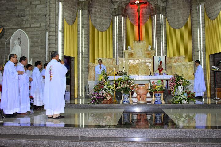 Hình ảnh thánh lễ mừng kính thánh Giuse quan thầy của Đức Cha Giuse Giám mục Giáo phận Nha Trang
