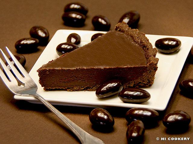 Bittersweet Chocolate Almond Liqueur Tart