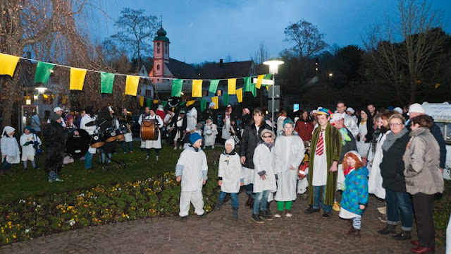 Hemdglunki-Umzug Bad Bellingen
