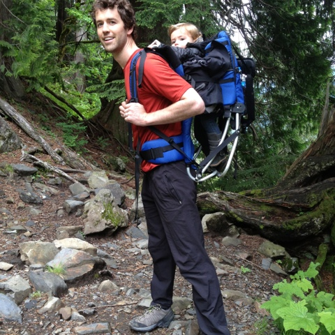 The Busy Bodies: Little Explorers: Hiking with a Toddler
