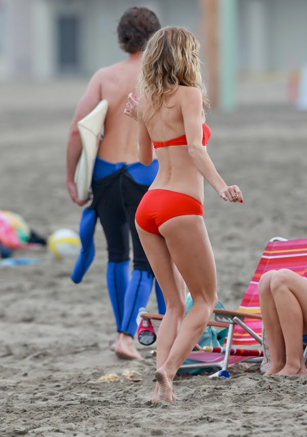 AnnaLynne McCord Bikini Photos on L.A. Beach  #celebrities:celebrities,bikini girl,sex beach