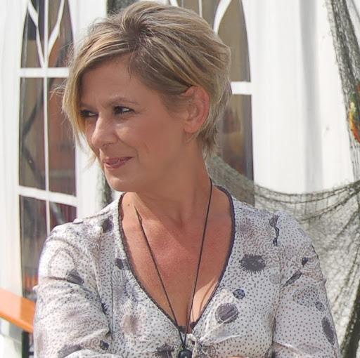 Christina Henschel