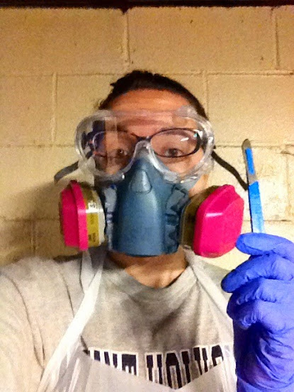 Gas mask for dissection