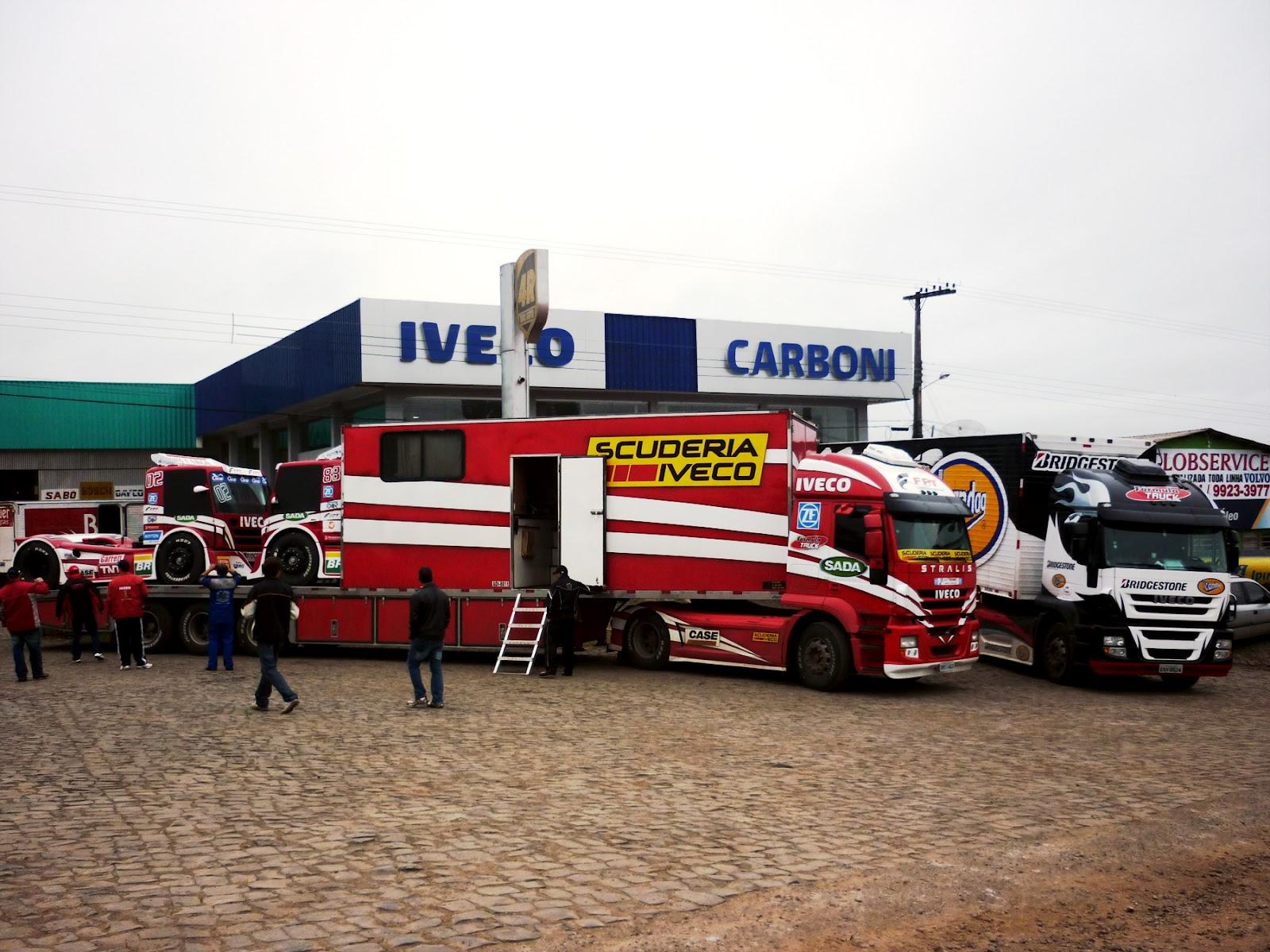 Equipe Scuderia Iveco da Fórmula Truck passou pela Carboni Iveco de Concórdia SCUDERIA