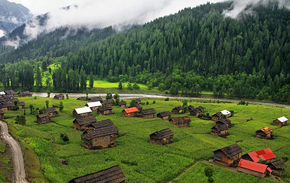 Helmet Village Kashmir