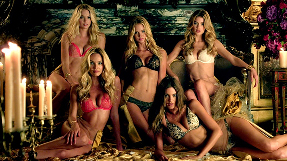 "Victoria's Secret Holiday 2012 ""Favorite Things"" Ad — Extended Cut"