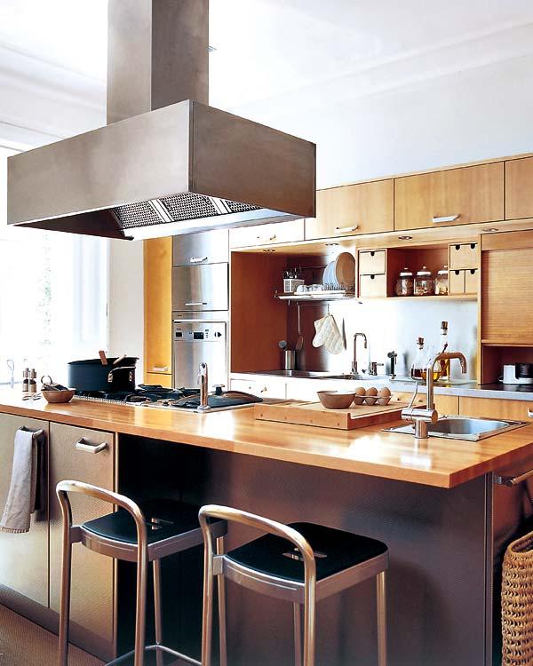cocina en madera y acero en 25 metros cuadrados