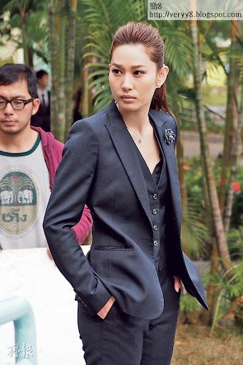 徐子珊在《神槍狙擊2013》飾演神勇女幹探。