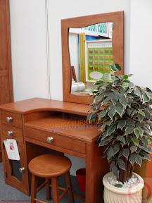 Bộ bàn trang điểm gỗ SMTD29