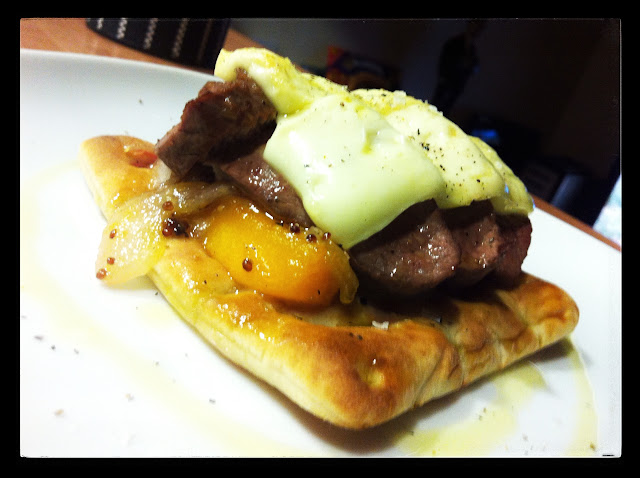 tosta de carré, calabaza y brie con miel y mostaza Mejor en Casa Chef a domicilio