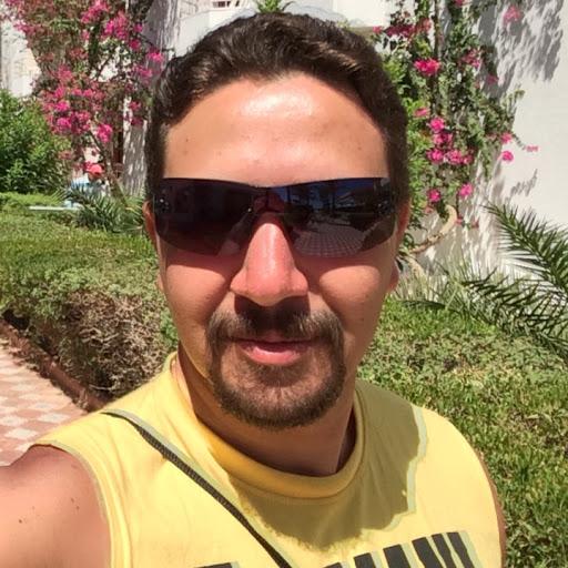 Adel George Photo 18