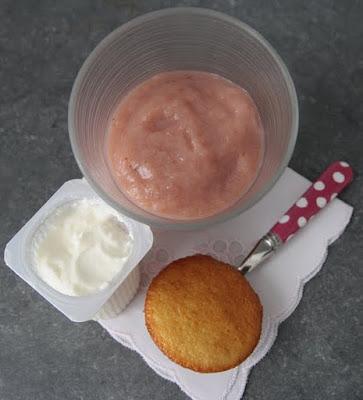 menu-gouter-bebe-compote-figue-pomme-banane-petit-suisse-gateau-yaourt
