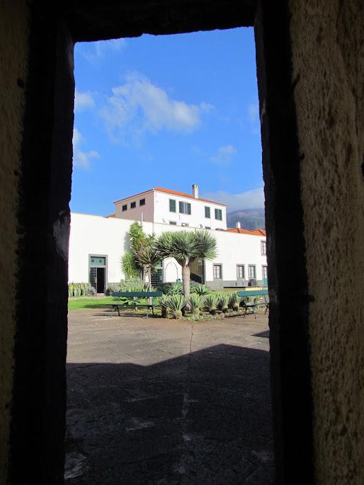 inside of Fortaleza do Pico