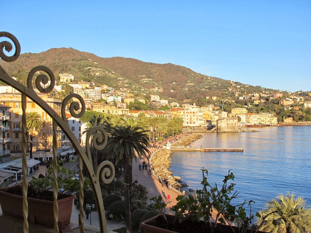 rapallo big and beautiful singles Cinque terre alternative #4: rapallo rapallo has become my go-to cinque terre alternative when i need a little seaside escape i've done a few trips there now and one of the things i like best is how central it is to other italian riviera destinations.
