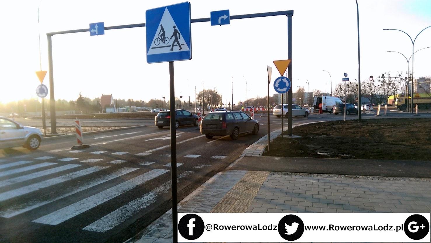 Na każdym przejeździe rowerowym mamy znaki informacyjne dla kierowców, oraz ostrzegawcze dla rowerzystów