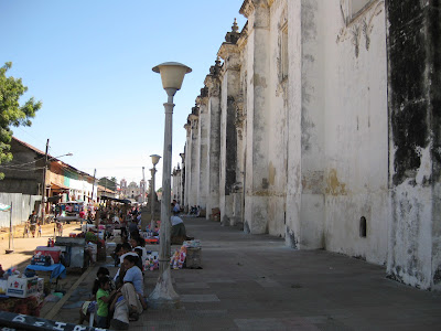 Market on the side of the largest church