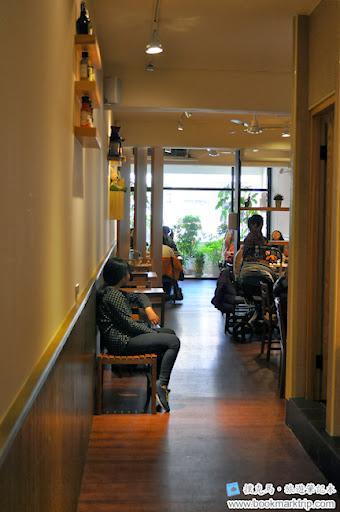 豆子咖啡二樓用餐區