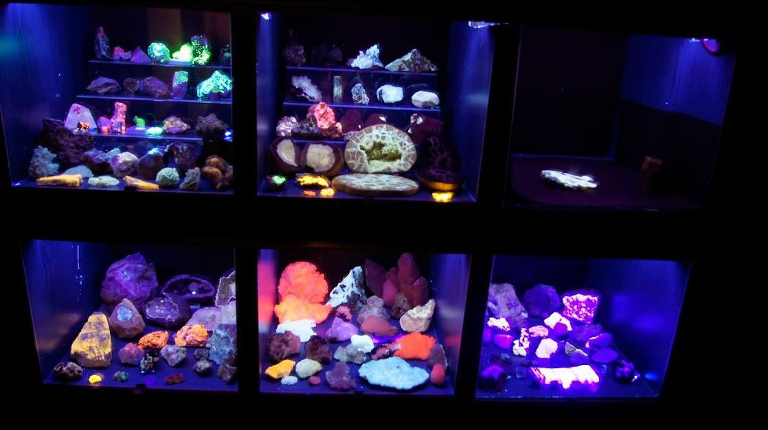 Colección de Minerales Fluorescentes - Página 3 _DSC3901