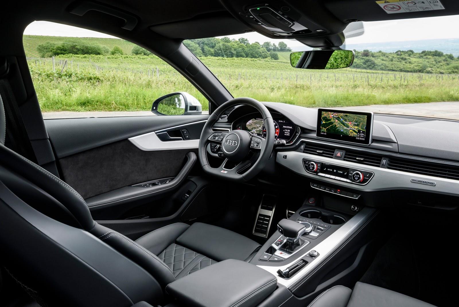 Nội thất của Audi S4 2017 quá rộng rãi và sang trọng, nhìn vào đã thấy sướng
