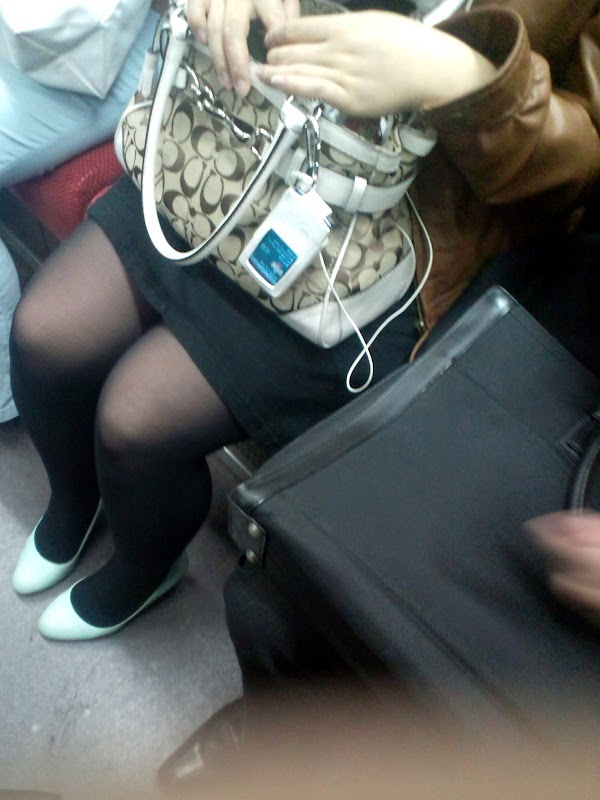 in the train [sitting] vol.7 part 3:upskirt,picasa0