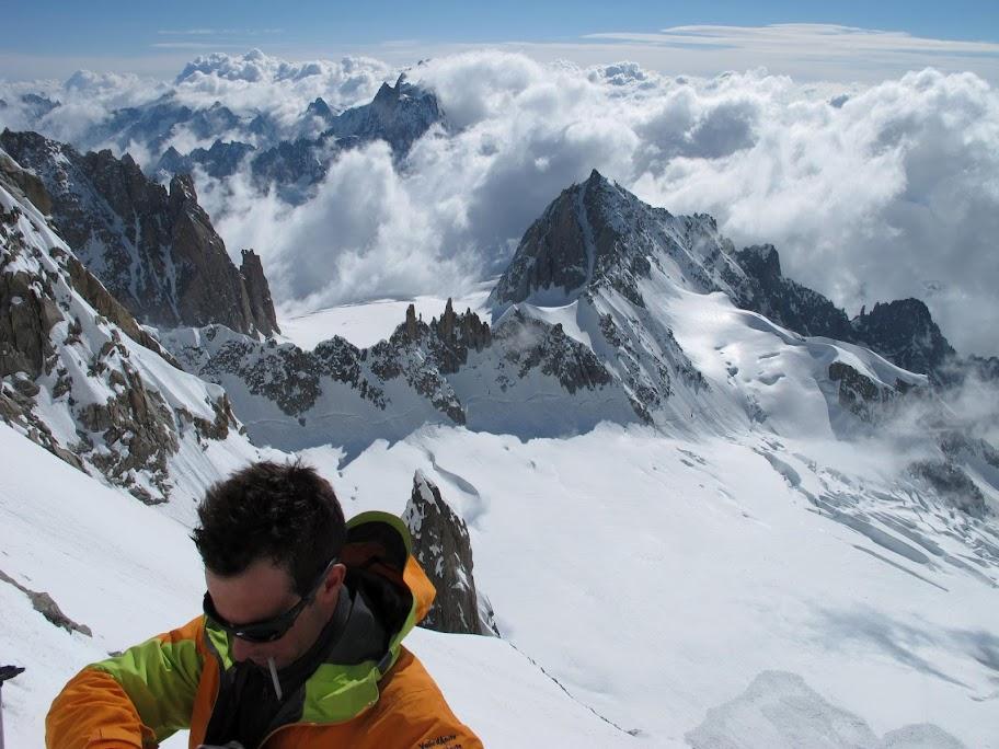 Un tranquillo weekend di paura - parete Sud del Monte Bianco 415427_375213405868708_100001401550381_78565439_872962591_o